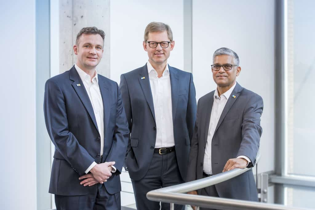HIMA executive group photo (Steffen Philipp, Managing Partner of the HIMA Group (centre), together with CEO Sankar Ramakrishnan (right) and CFO Tobias Hoche.)