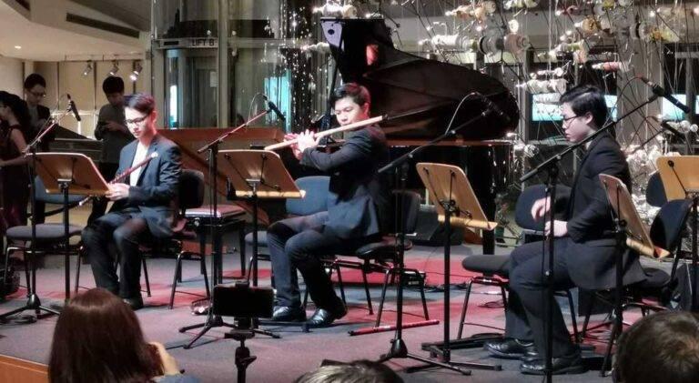 Кратко: Восхитительное выступление Дизи (笛子) на Эспланаде