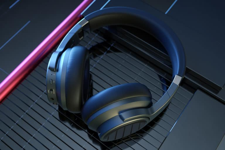 An affordable foray into full-sized wireless NC headphones from Fiio