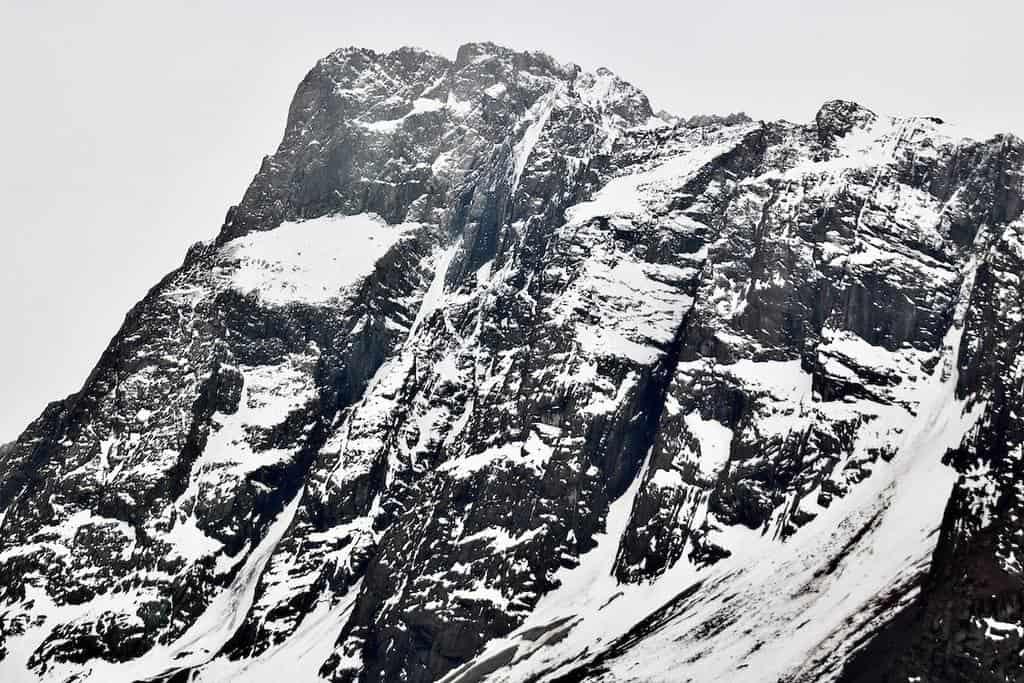 アンデス山脈は雪をかぶった