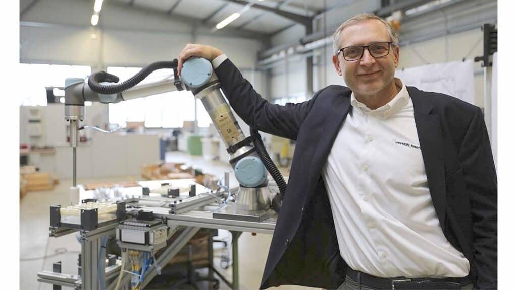 Universal Robots - Jürgen von Hollen