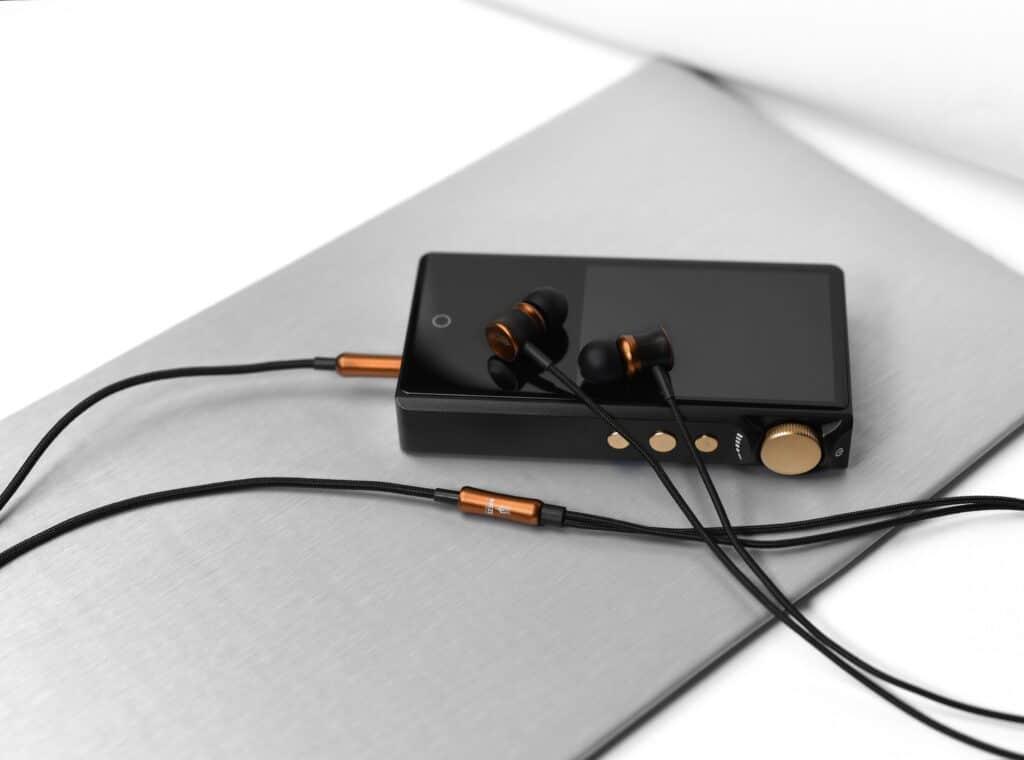 Meze Audio 12 Classics V12
